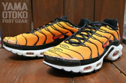 wholesale dealer d2901 a1059 NIKE AIR MAX PLUS TOUR YELLOW TEAM ORANGE-BALCK  sneaker