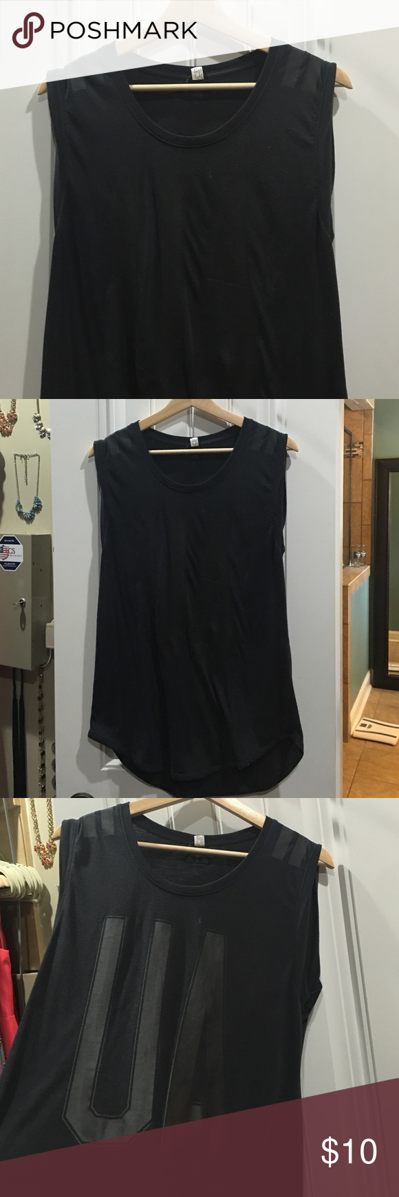 Under Armor Workout Tank Like new condition- I just never wear this Under Armour Tops Tank Tops