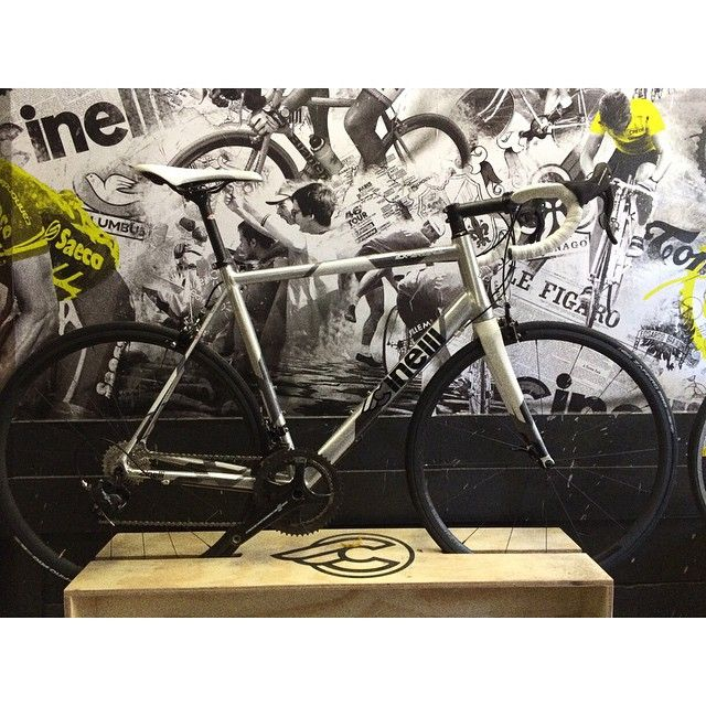 Cinelli Experience with Campag Chorus and Vittoria Elusion Nero's by vierivelo