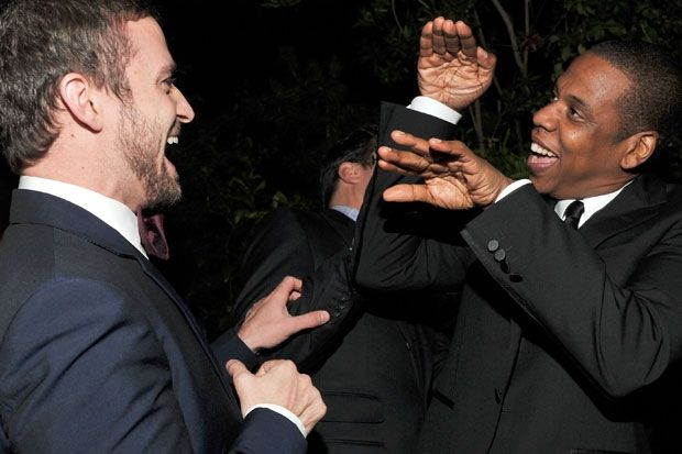 """[PHOTOS] JUSTIN TIMBERLAKE AND JAY-Z PREP FOR """"SUIT & TIE"""" VIDEO"""