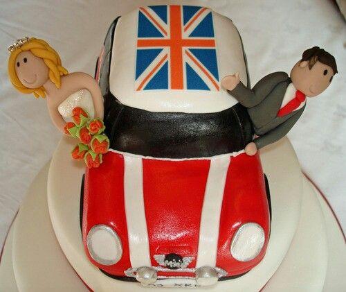 Mini car wedding cake Wedding cakes Pinterest Car wedding