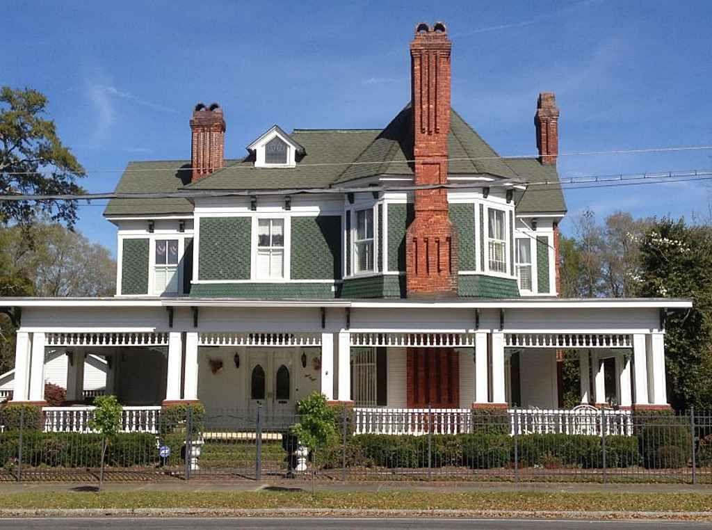 1885 Queen Anne Waycross Ga 325 000 Oh What A House