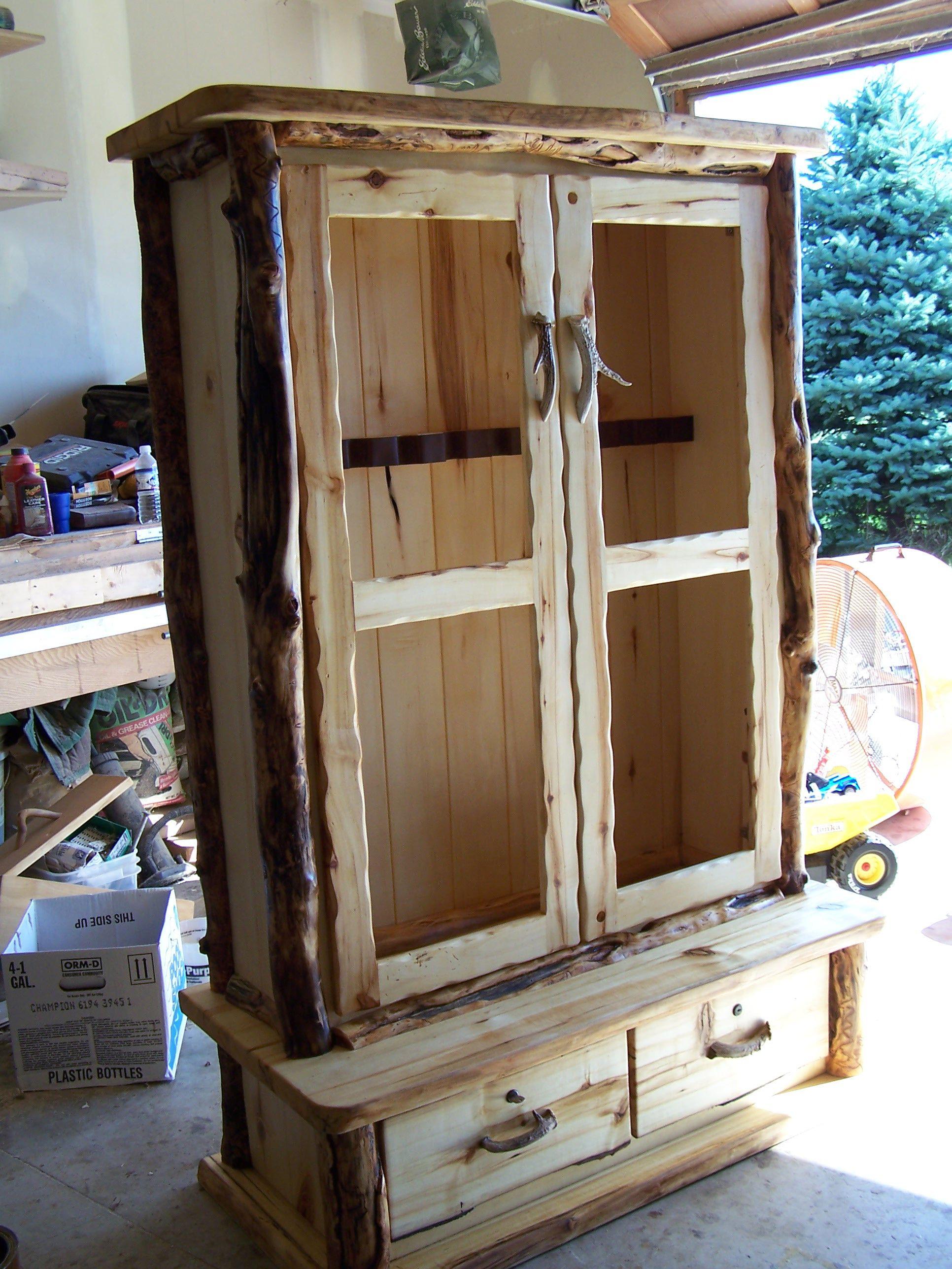Rustic Aspen Gun Cabinet with Glass Doors   gun display ...