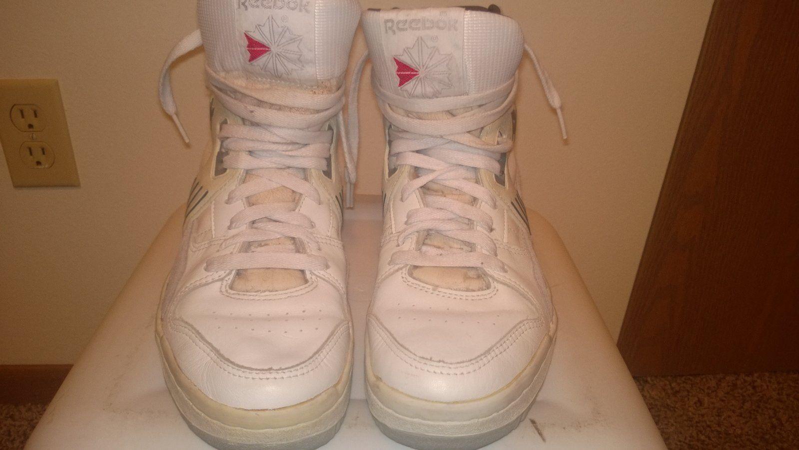 Vintage 1980s Reebok BB5600 Breakaway Basketball Shoes Grey White RARE  Original  1ff49dedc