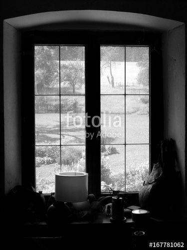 Blick Aus Dem Alten Fenster Eines Bauernhaus In Den Schon