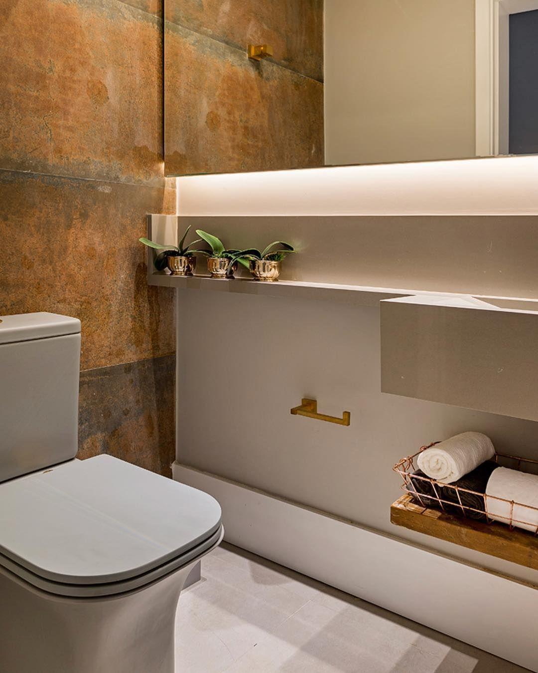 Pin de Paloma Borba em banheiro em 2020   Aço corten, Interiores,  Porcelanato