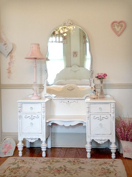 Pretty White Antique Vanity with Tiara Mirror - Pretty White Antique Vanity With Tiara Mirror SHABBY CHIC DESIGNS