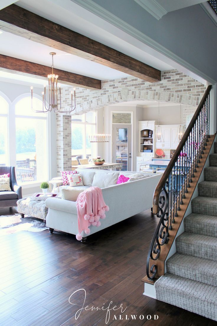 Info's : How to separate the kitchen and the family room with an elegant light brick archway. Interior Design Ideas by Jennifer Allwood Brick Archway Interior Makeover light brick archway in living room, Brick Archway Interior Makeover, Brick Archway Designs, Bric