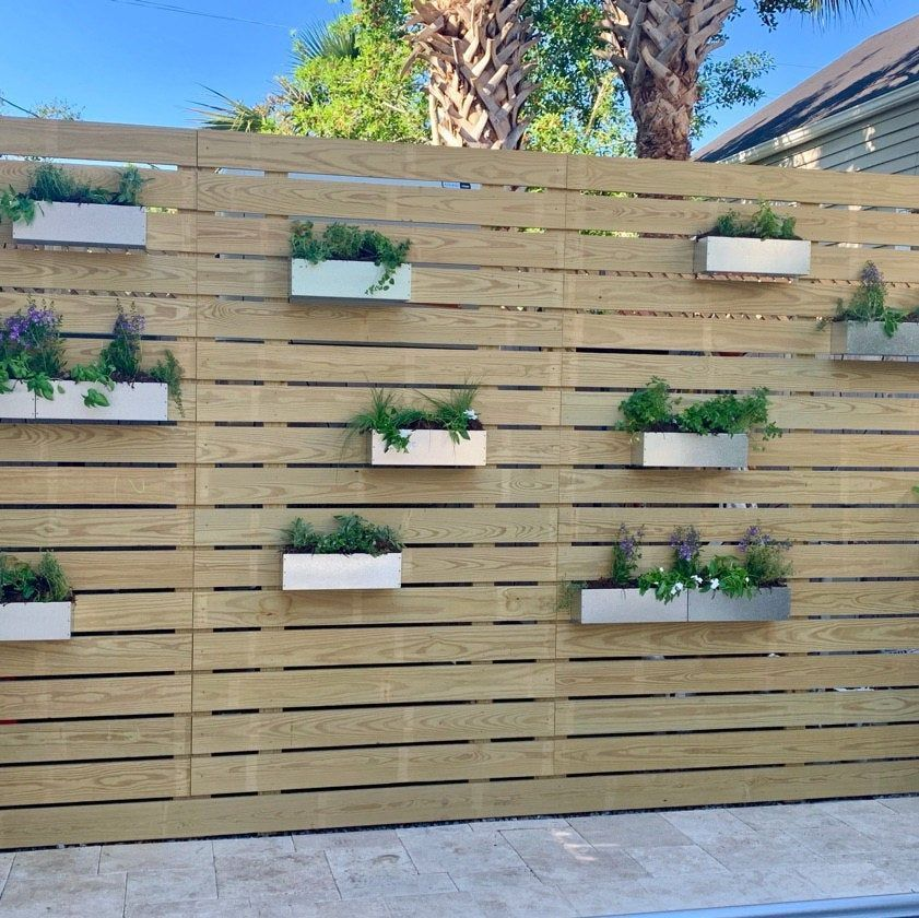 A Comprehensive Overview On Home Decoration In 2020 Hanging Planter Boxes Fence Planters Succulent Wall Garden