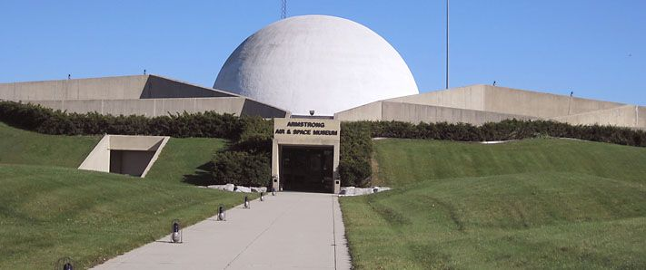 neil armstrong museum - 711×298
