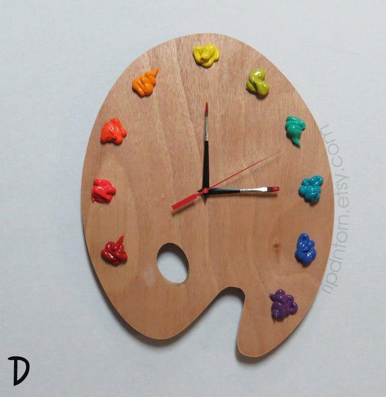 Artist Palette Clock, 3D Paint on Wood Pallet Pall