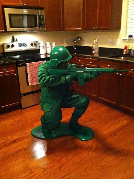 Plastic army man halloween costume | Crazy as a Bag of Hammers
