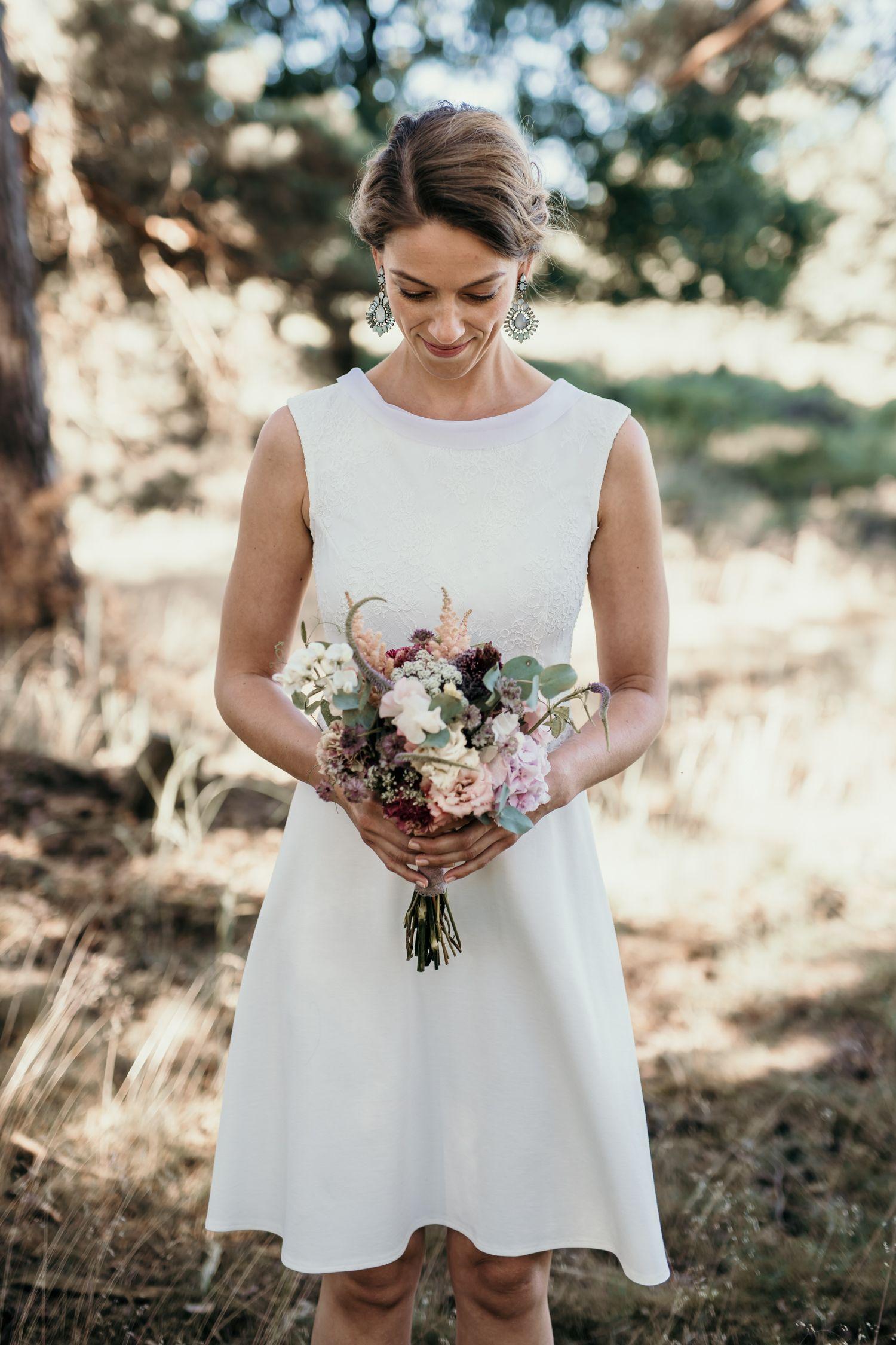 Die schönsten Brautkleider fürs Standesamt 2019 | Hochzeitsblog The Little Wedding Corner #weißekleiderkurz