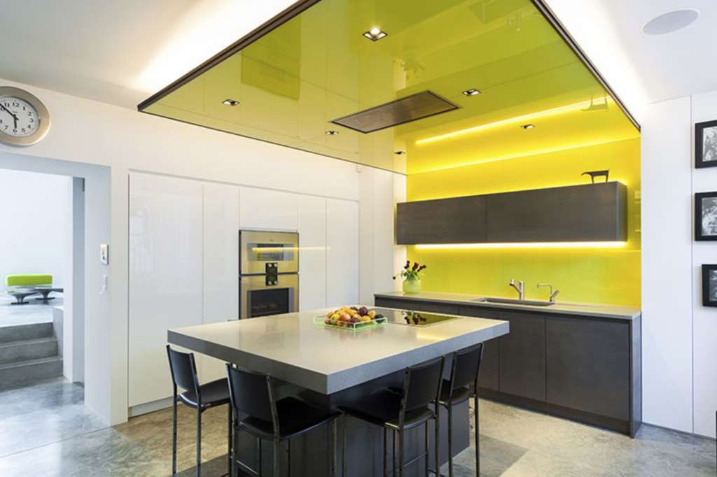 5 Bedroom House To Rent Glebe Place London Sw3 5lb Thehouseshop Com Modern Kitchen Design Kitchen Design Renting A House