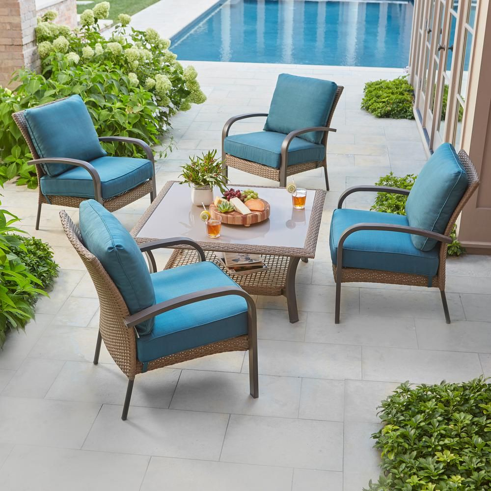 Hampton Bay Corranade 5 Piece Wicker Patio Conversation Set With Charleston Cushions Hd17542 The Home Depot