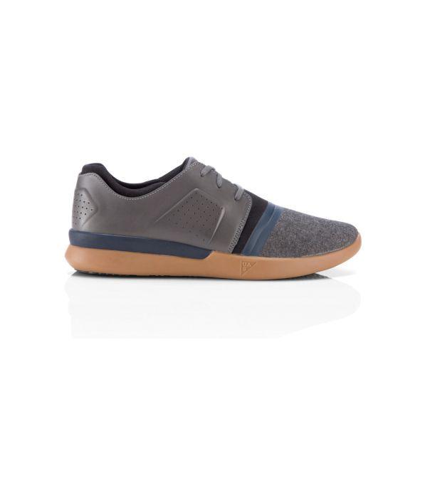Men\u0027s UAS Runaway Low Shoes, Pewter size 105 or 11 zapatos