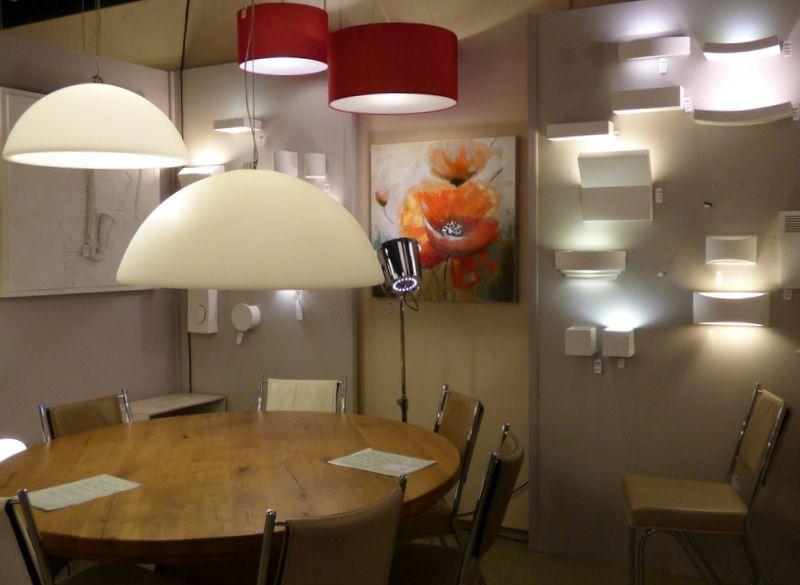 español . E-mail: es@lumidora.com . Haga clic en este enlace . tienda online : http://www.lumidora.com/es/ .  Sin gastos de envío ILUMINACIÓN . showroom/ tienda interior . / apliques de pared lámparas  interior sala dormitorio lámparas / lámparas Apliques de pared / lámparas de pie / Lampara colgante lampara / industrieel Lámpara colgantes Lámpara de techo de estilo ideal para interiores modernos en frente Cocina , sala dormitorio lámpara / .