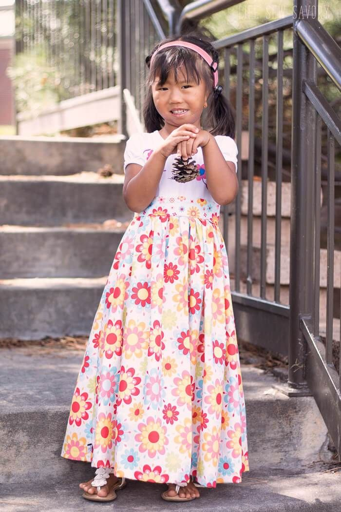 bcd745183 Tutorial: Little girl's t-shirt maxi dress | sewing | Maxi shirt ...