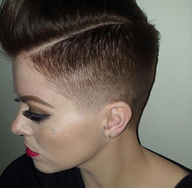 Trendy Taper Hairstyle For Beautiful Women Jpg 640 626 Pixels Short Hair Styles Short Fade Haircut Fade Haircut