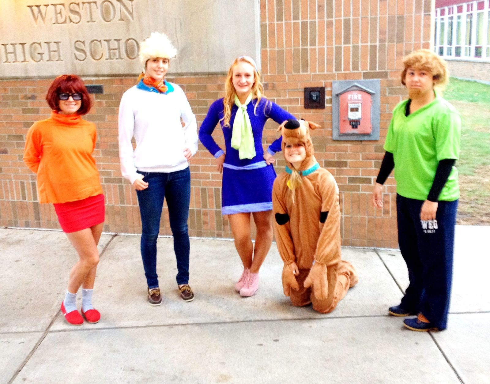 halloween costumes scooby doo characters