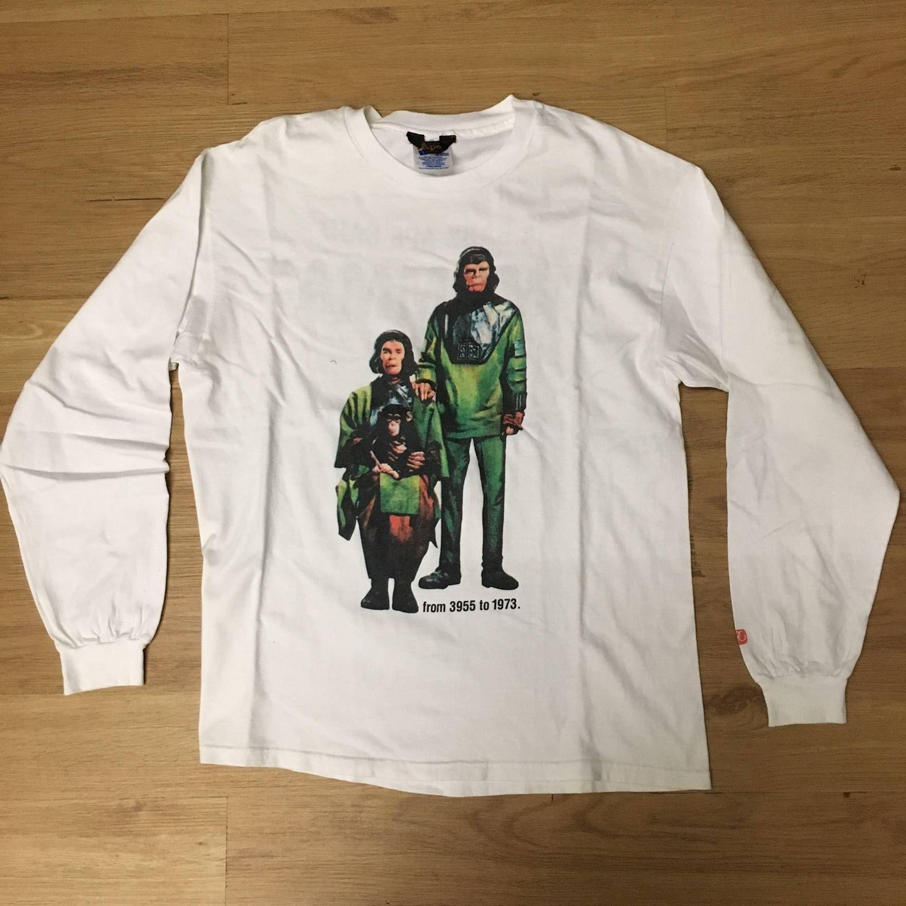 8e69d3bc83c Bape Vintage Bape T-Shirt Long Sleeve 90s Hanes Tag OG Head Shark First  Camo Size US L   EU 52-54   3