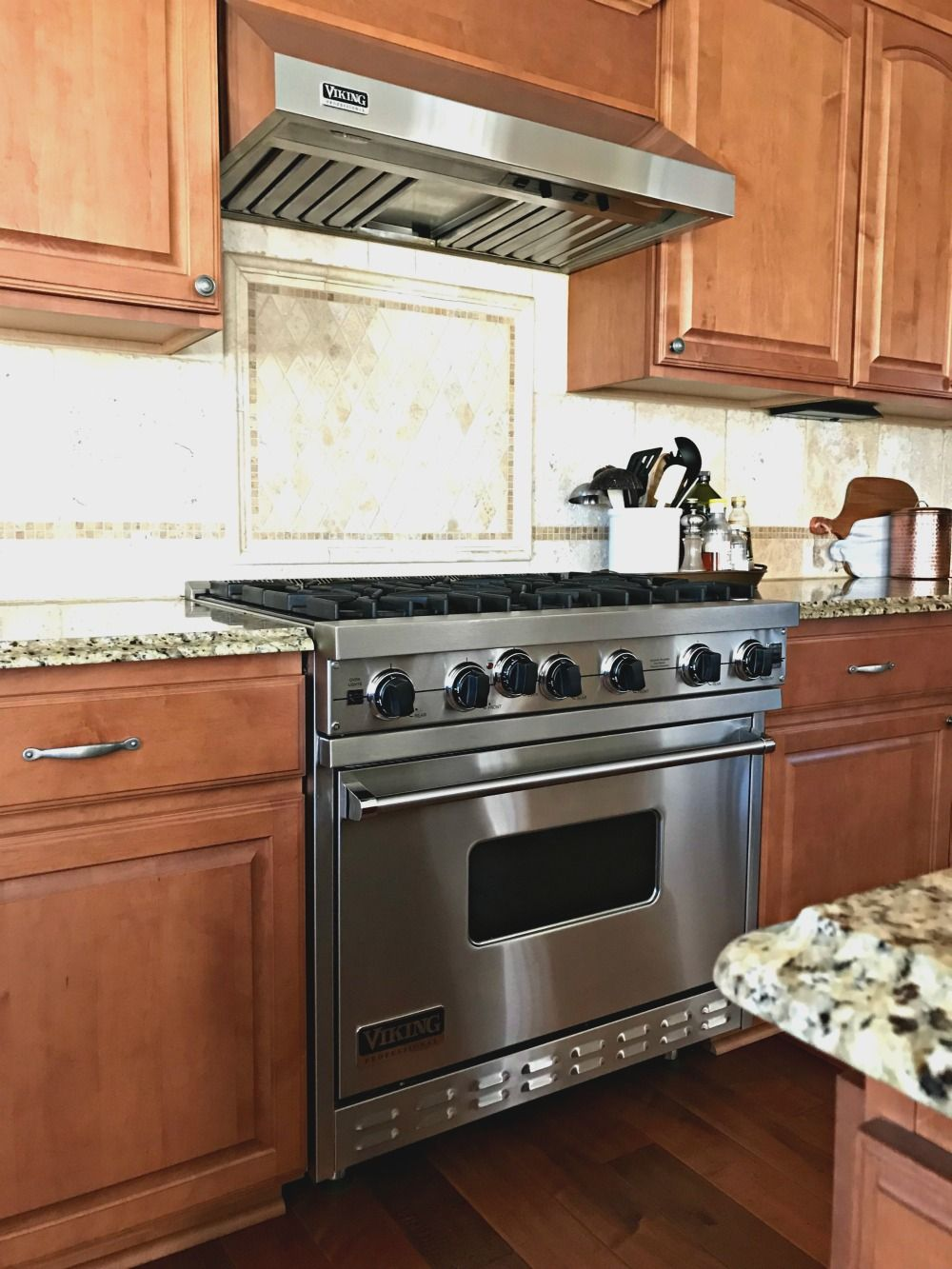 Clean Your Gas Range And Oven Without Chemicals Gas Stove Cleaning Viking Stove Cleaning