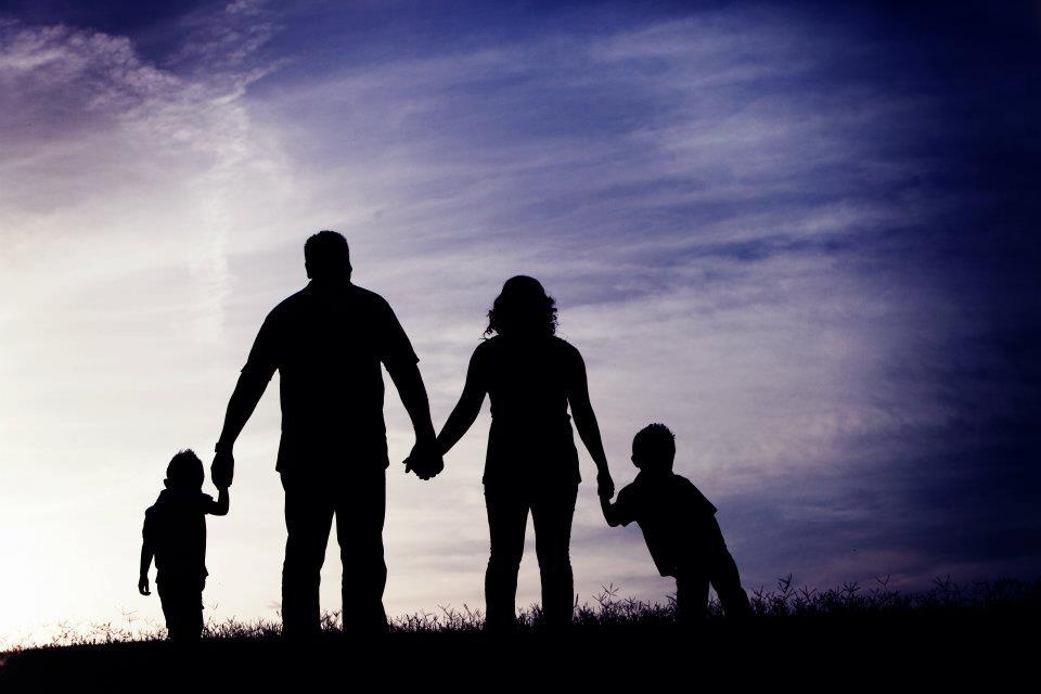Озджан дениз и его семья фото такие