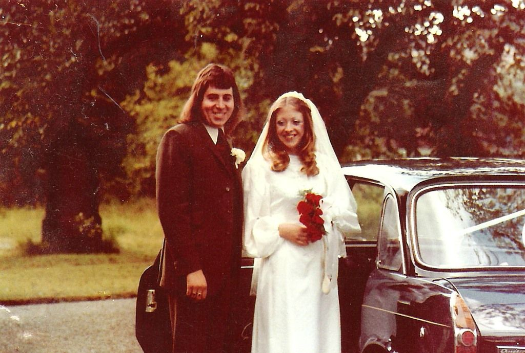 1972 --------guy's hair, girl's dress (high neck and long sleeves