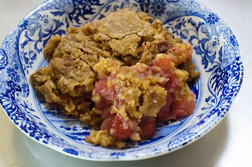 http://cupcakesandcandles.files.wordpress.com/2012/04/dump-cake.jpg