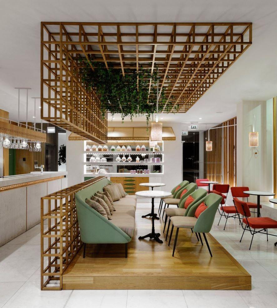 REMEZZO Cafe interior