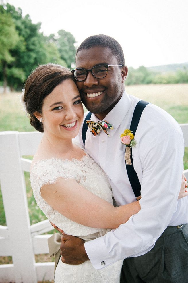 Charlottesville wedding  / Meredith McKee Photography - I really like the coral & navy together!