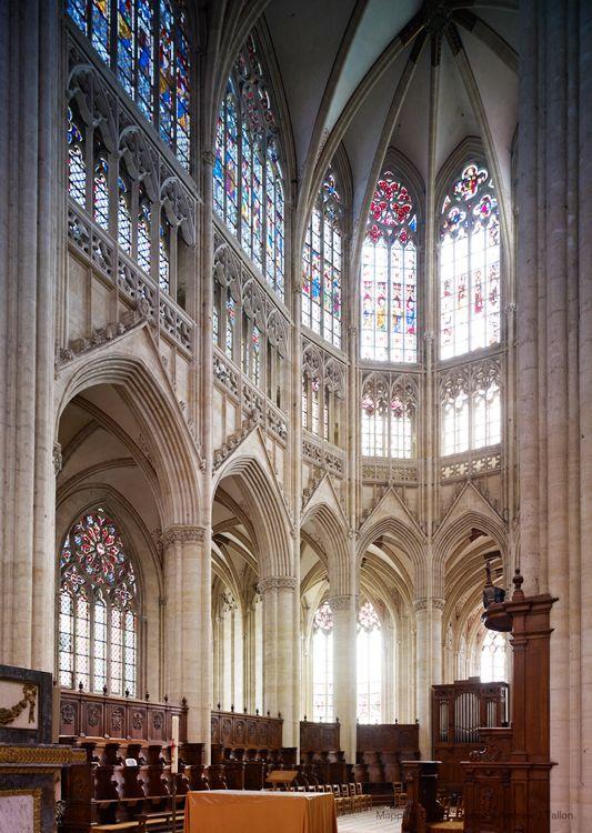 RAYONNANT #GOTHIC, France - Interior of the choir, Sées ...