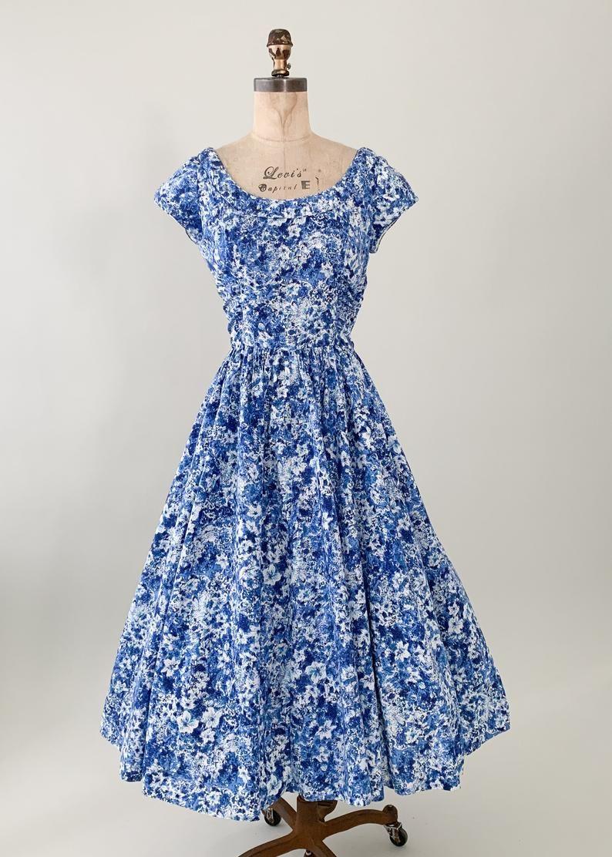 Vintage 1950s Jerry Gilden Blue Floral Dress Etsy Floral Blue Dress Vintage Red Dress Vintage Outfits [ 1112 x 794 Pixel ]
