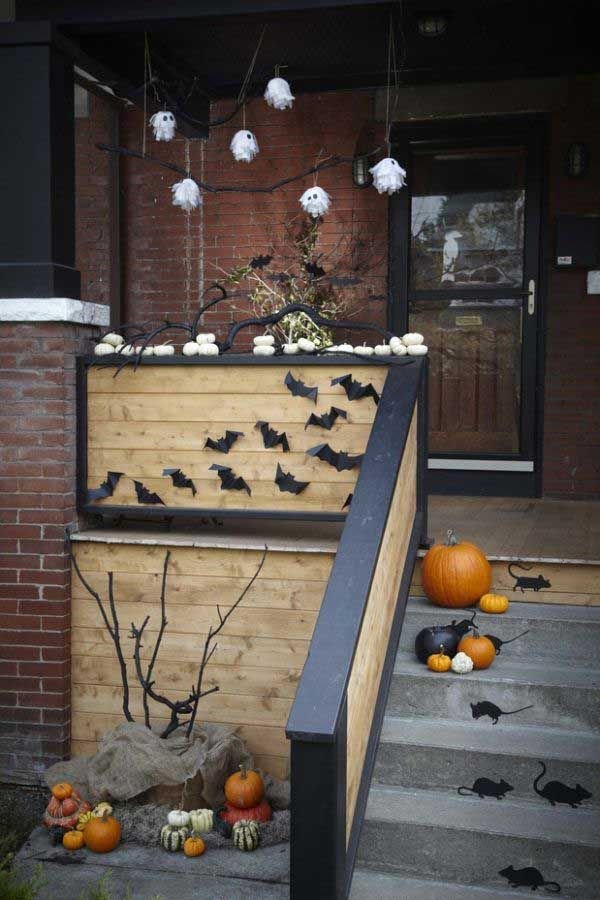 Halloween-porch-ideas-38 ana\u0027s Pinterest Halloween porch - halloween outside decoration ideas