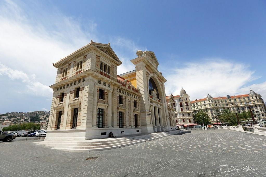 Une jolie photo de Dani Rahoera pour commencer la journée ! :D #NissaLaBella #Nice06