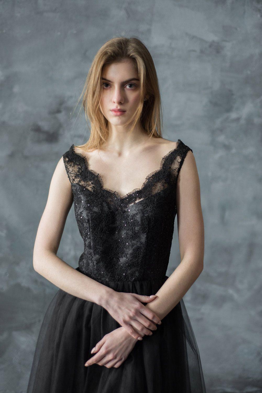 Black lace evening dress short tulle prom dress v neckline sparkle