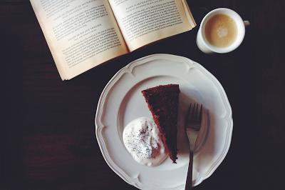 Bolo de chocolate e beterraba \\ Chocolate e beetroot cake