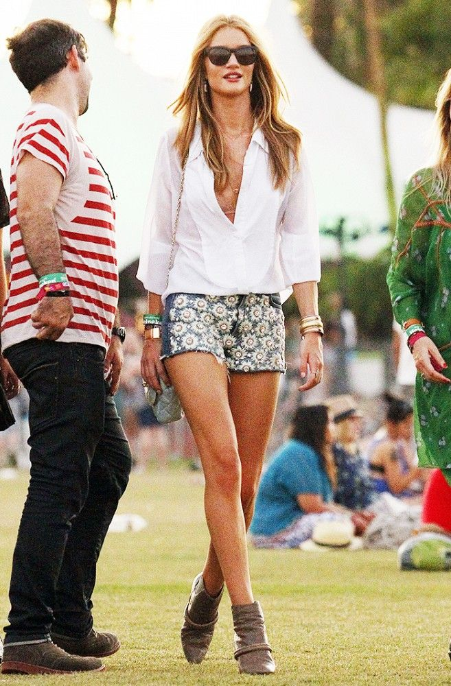 77b5e0c257b Rosie Huntington-Whiteley keeps it simple in a white button-down and  embellished jean cutoffs at Coachella