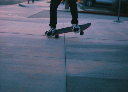 California Vida Skater Boys Skater Boy Skateboard