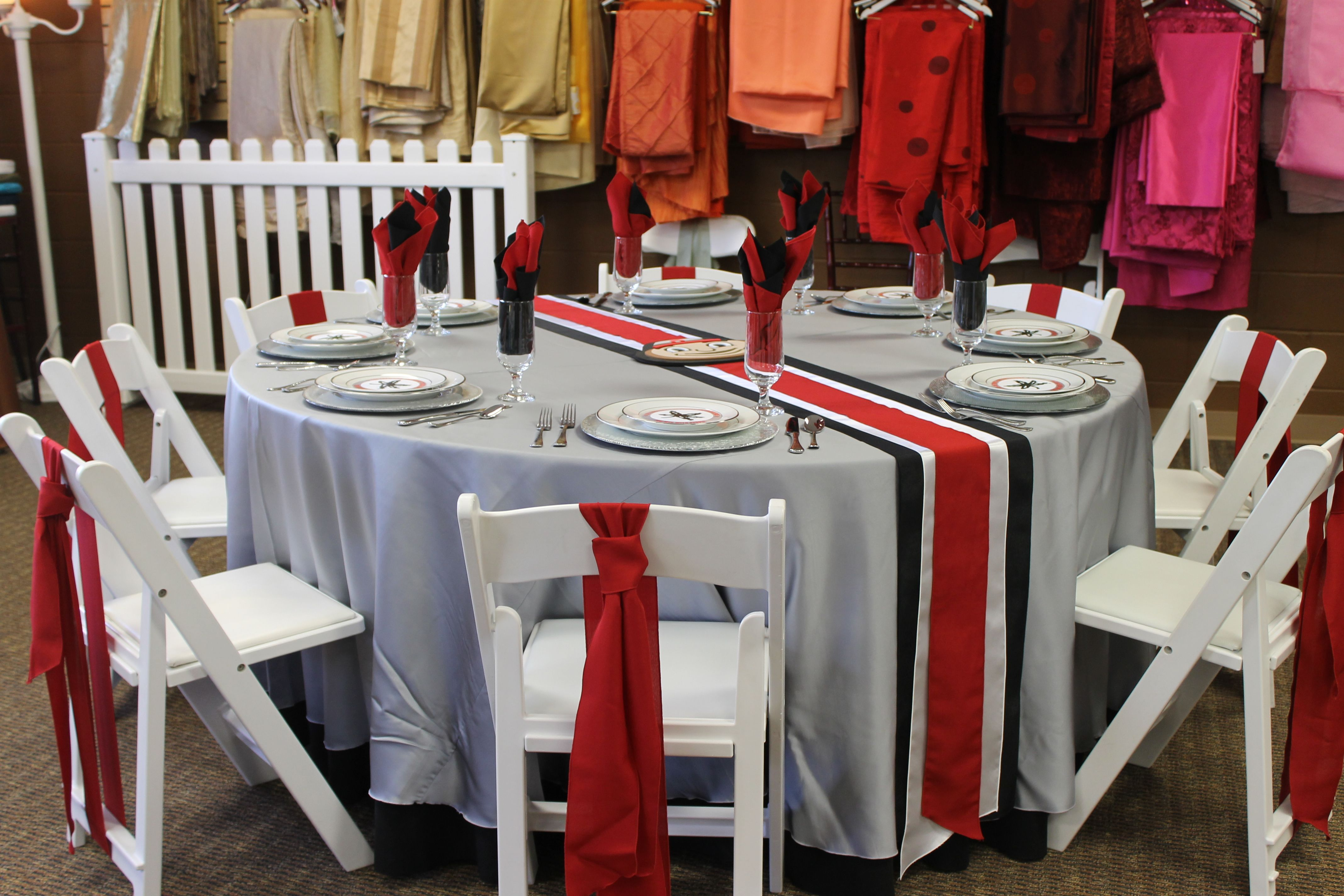 chairs to wedding blue rentals folding x full plastic way inside chair size covers rental the tables outdoor modern designer dc and garden patio for easy of furniture table maintain