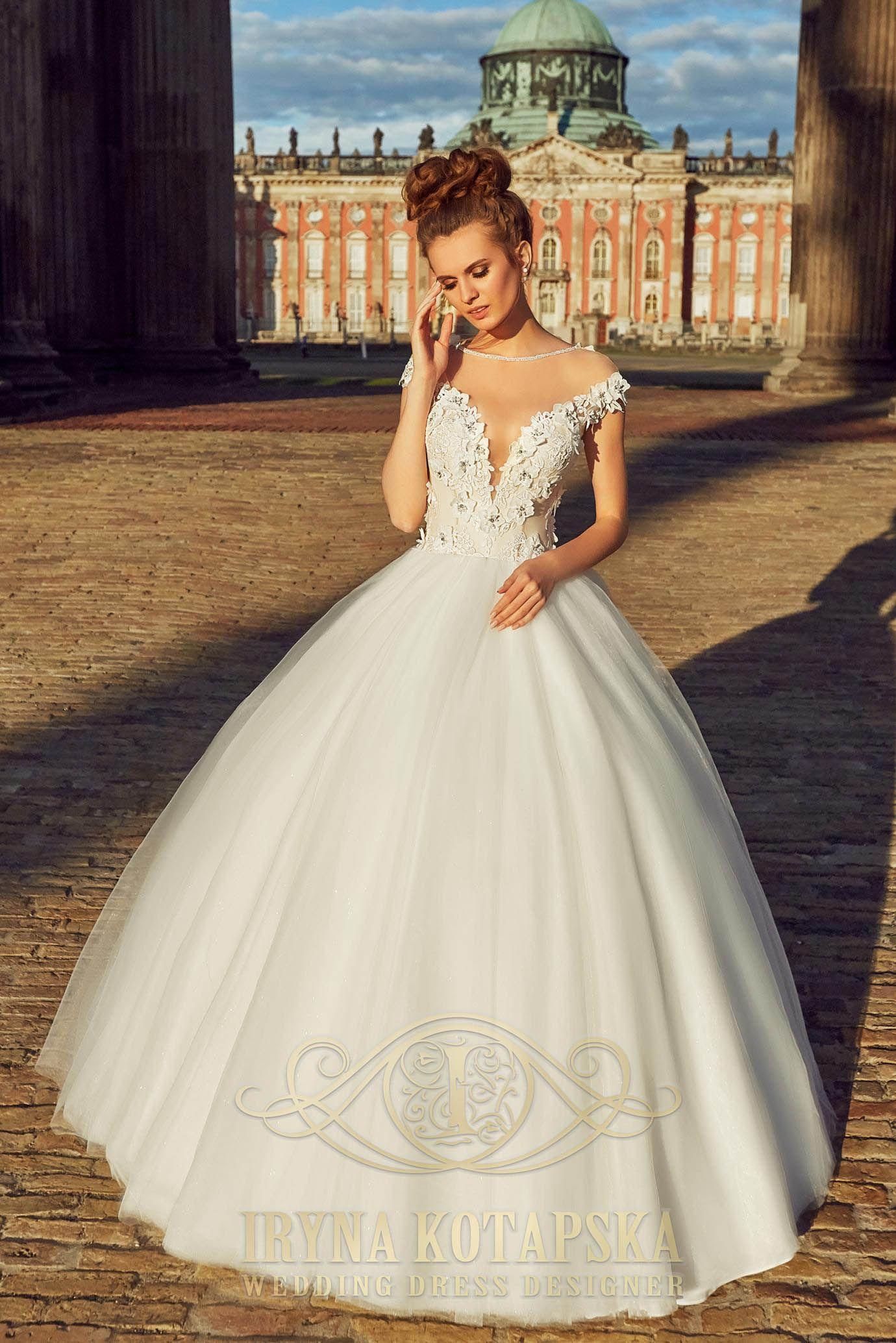 Wedding Dress Pearls And Precious Stones