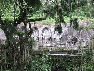 Blog with info about Bali, The Global Gamine: Indiana Jones and the Temple of... Gunung Kawi