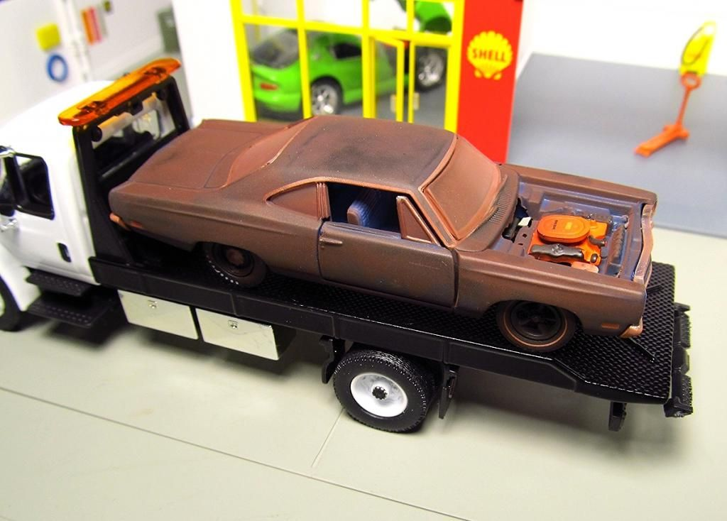 M2 BARNYARD FIND AUTO PROJECTS GREENLIGHT FLATBED TOW TRUCK INTERNATIONAL  DURASTAR RUSTED JUNK