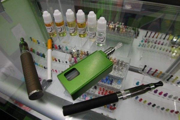 College Station City Council Eyes Restrictions on E-cigarettes
