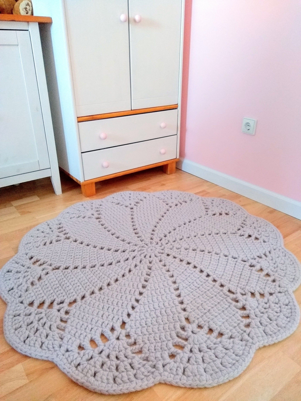 Round Crochet Doily Rug Wool Felt Oversized Boho Doily Rug Retro Style Giant Doily Rug Bedside Rugs Com Imagens Tapete Rendado De Croche Tapete De Croche Tapete Redondo De Croche