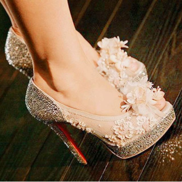 I cant find these heels, but they're so pretty