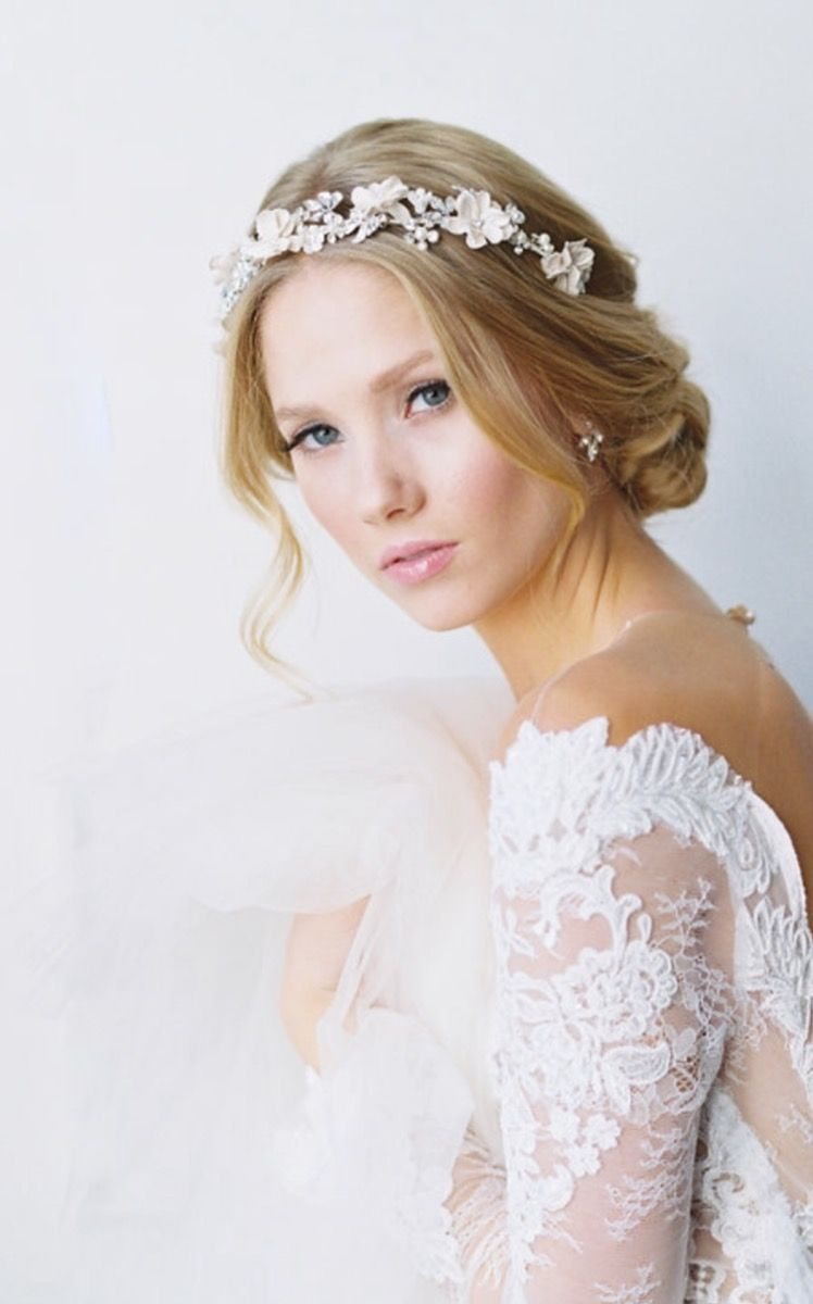 romantic winter bridal style- bel aire bridal / photography by kurt ...