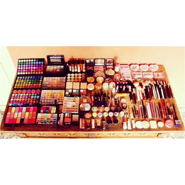That's like my dream to have so much make-up