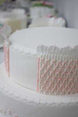 Img 7547 Flickr Photo Sharing Cake Decorating Tutorials Cake Decorating Cake Decorating Techniques