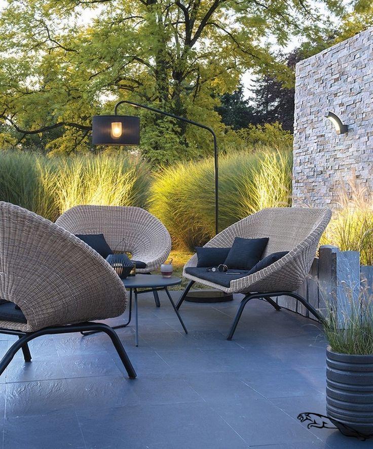 79 Incredible Modern Garden Lighting Ideas Garden Gardening Lightingdesign Modern Gartenlicht Modern Garden Furniture Modern Outdoor Furniture Outdoor Garden Furniture